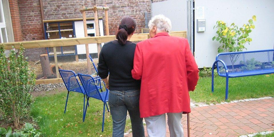 Wat betekent het voor jou als iemand in jouw omgeving dementie treft?
