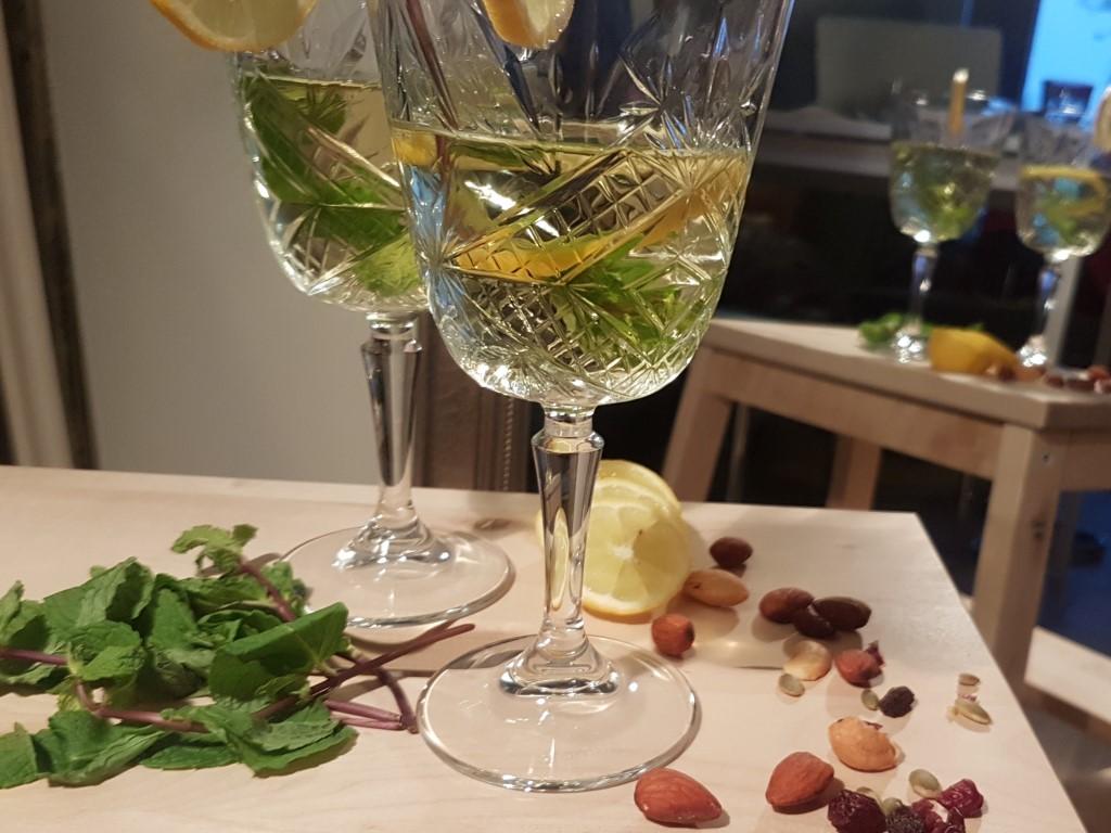 Je wordt blij van Gerda's meloen prosecco cocktail