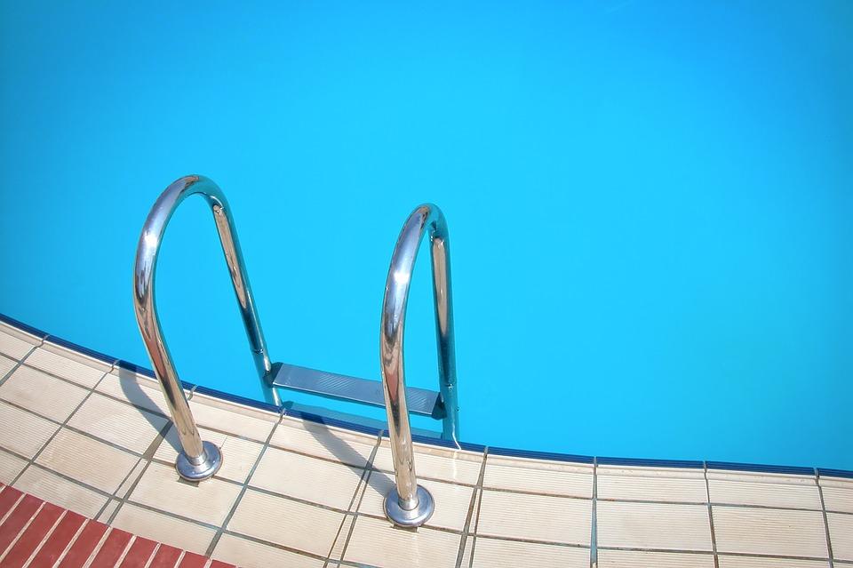 Annelies en de nachtmerrie van het schoolzwemmen