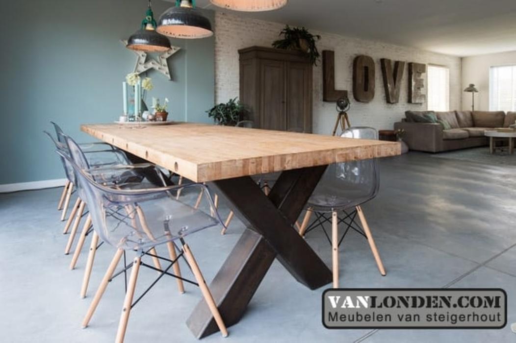 Je huis en tuin een eigentijdse touch geven? Kies voor meubels van steigerhout