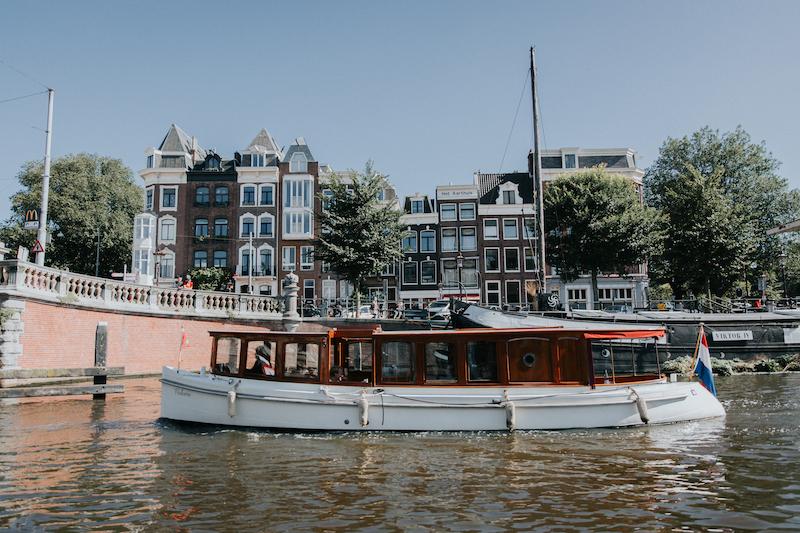 Ontdek Amsterdam – veilig en verantwoord – vanaf het water
