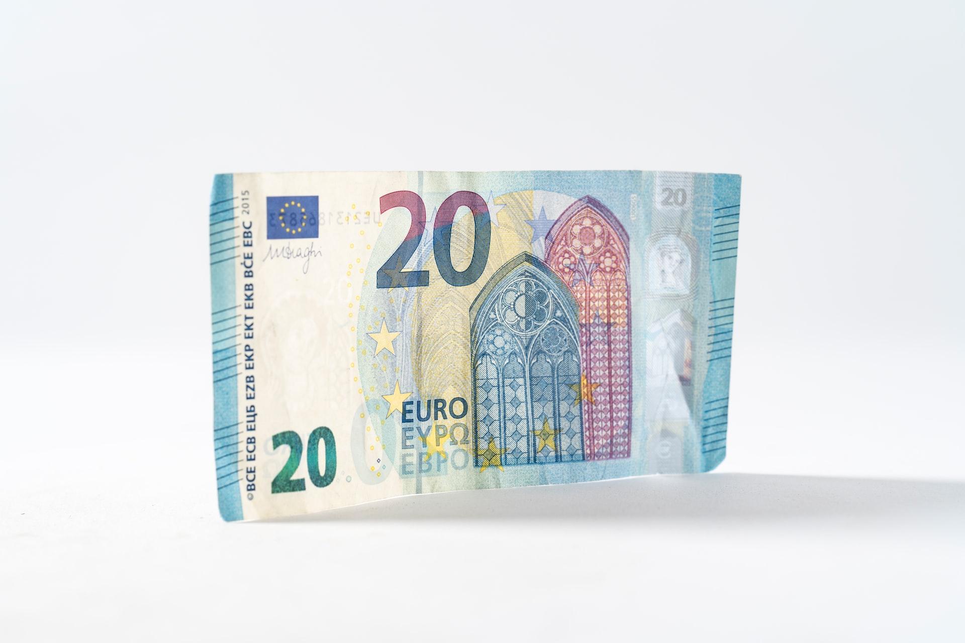 Wees voorzichtig met je geld