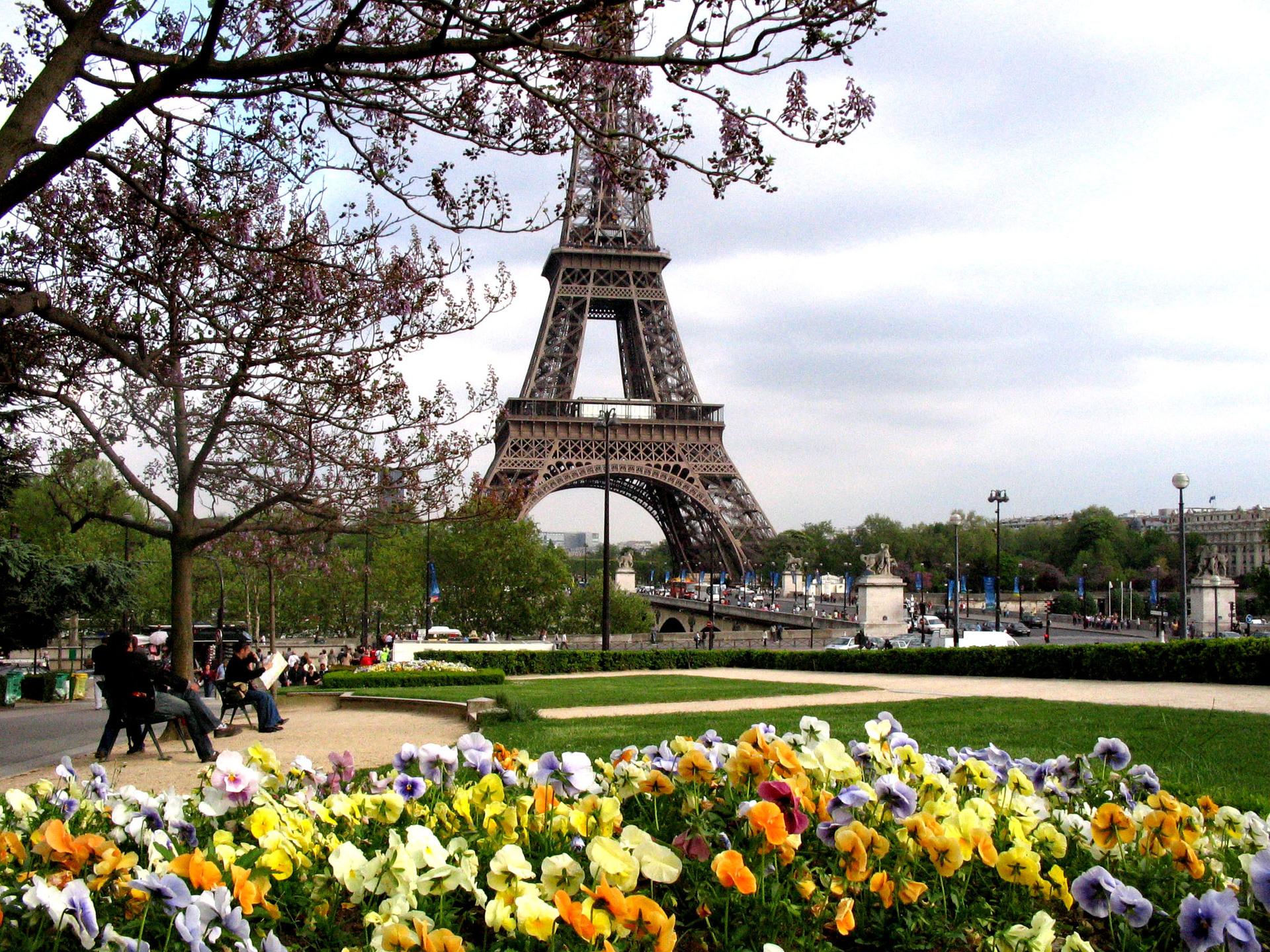 Vakanties naar Parijs op laagste punt in tien jaar