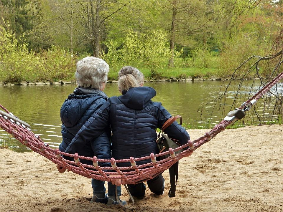 Hoe leer je omgaan met mensen met dementie?