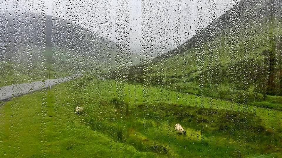 Op reis met de Lambortinki – Over regen en vriendschap. En nog meer regen.
