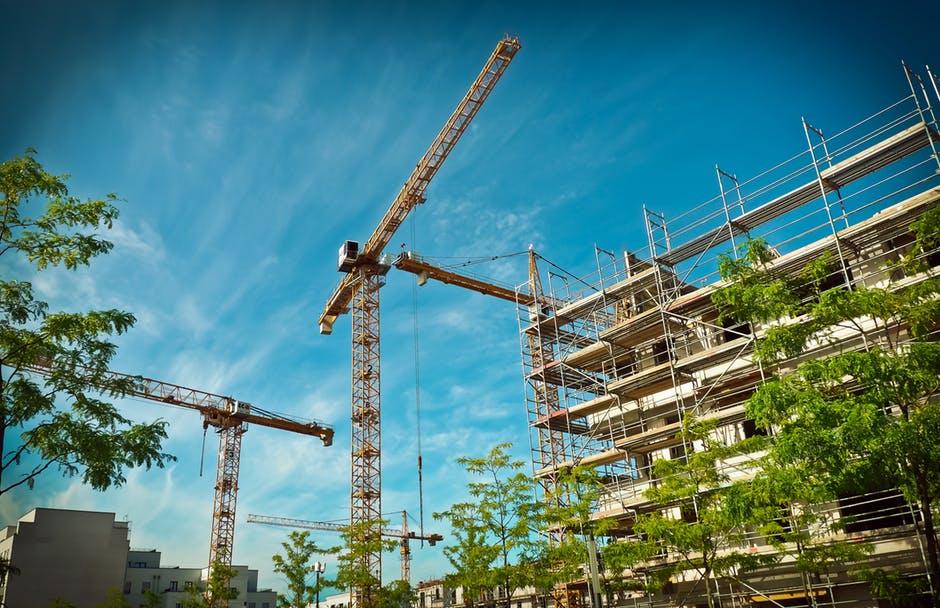 Als bouwvakker eerst je baan verliezen en niet veel later blijkt er een tekort aan personeel