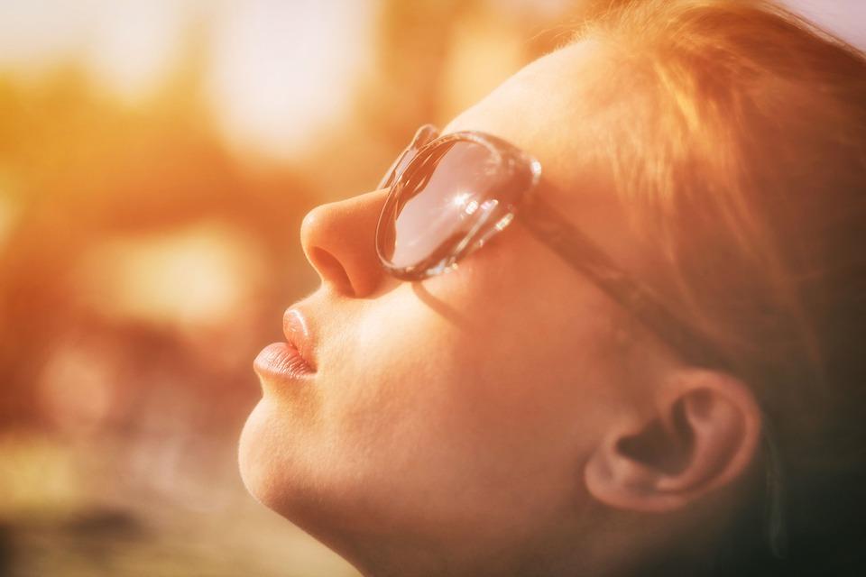 Denk om je ogen: waar moet je op letten met al dat zonlicht?