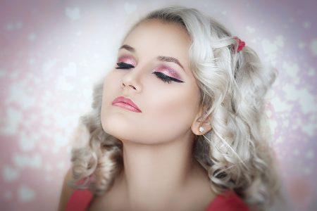 vrouw met make-up