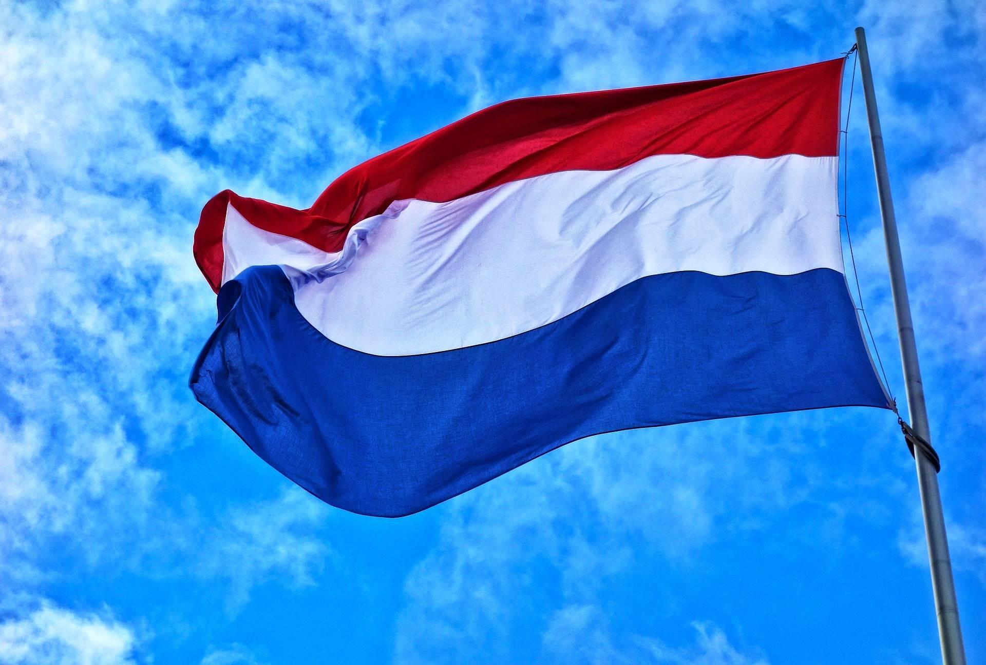 Nederlanders vlaggen op Koningsdag uit traditie en trots