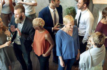 Netwerkende mensen
