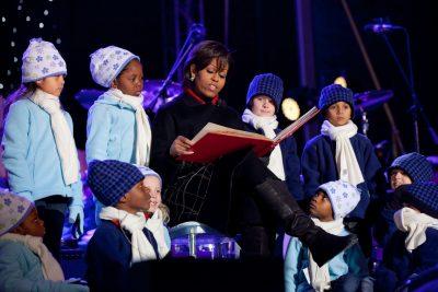 Michelle aan het voorlezen