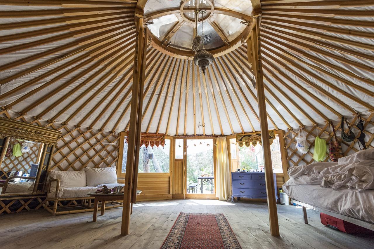 Waarom zou je in een yurt kamperen?