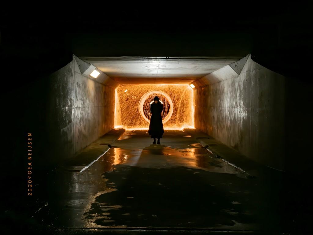 Foto van de maand: Gea schildert met licht