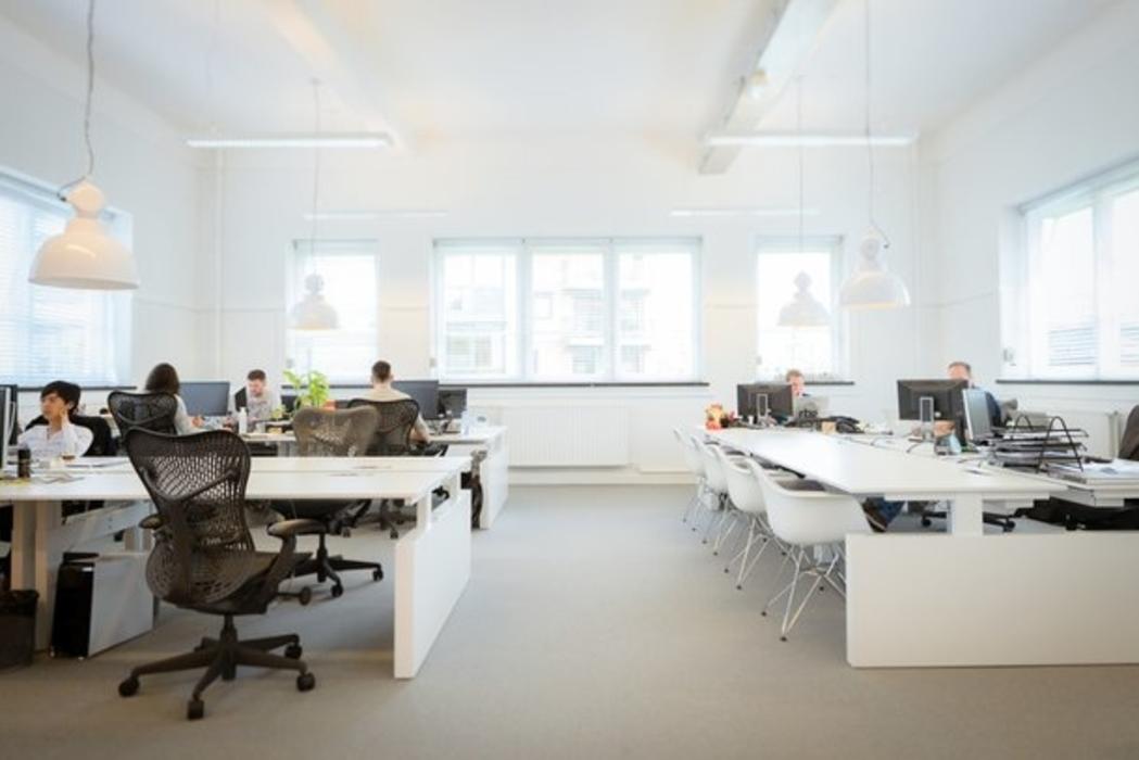 Een prettige en gezonde werkplek inrichten hoeft niet moeilijk te zijn