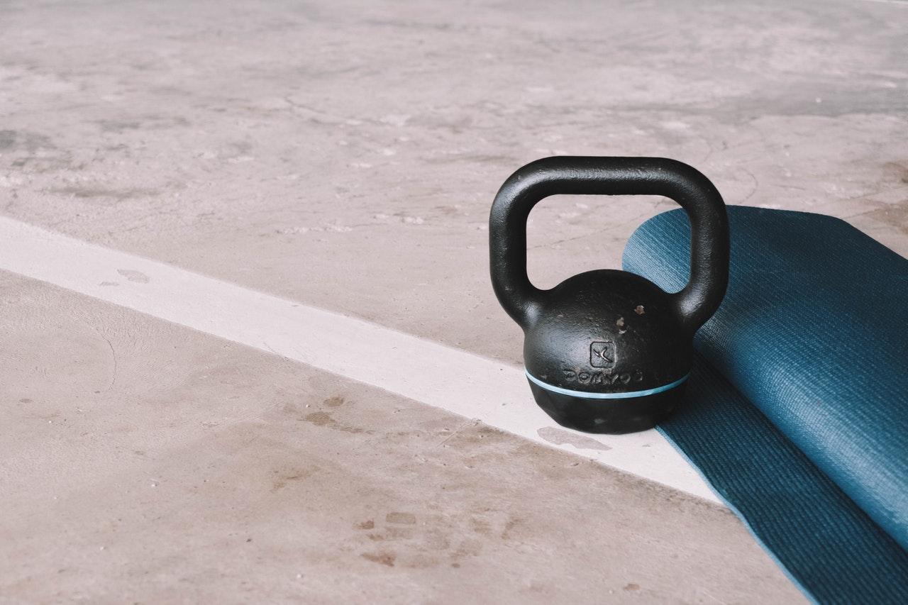 Vier geweldige kettlebell oefeningen voor senioren